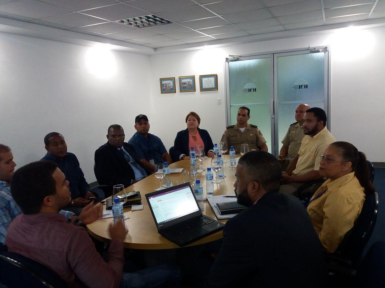 Director General del ICM y el Sub-Director Técnico, reunión interinstitucional