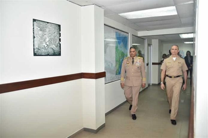 Visita de Inspección del Sr. Ministro de Defensa al ICM