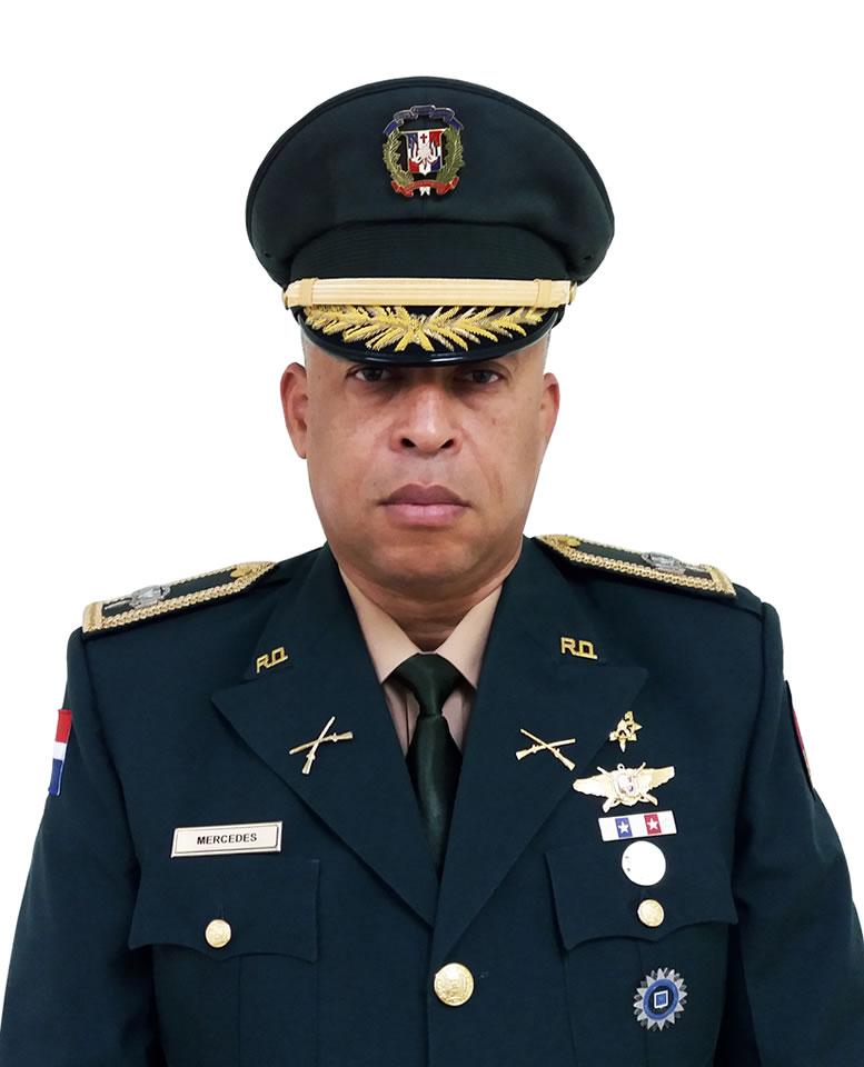 Coronel Omar Mercedes de la Cruz, E.R.D., (DEM)